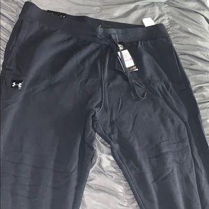 UNDERARMOUR 2XL sweatpants brand new